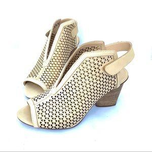 Vince Camuto Datalla Perforated Block Heel Sandal